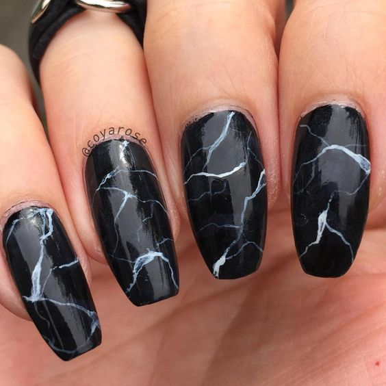 3 Amazing Examples of Water Marble Nails That Totally Nail It
